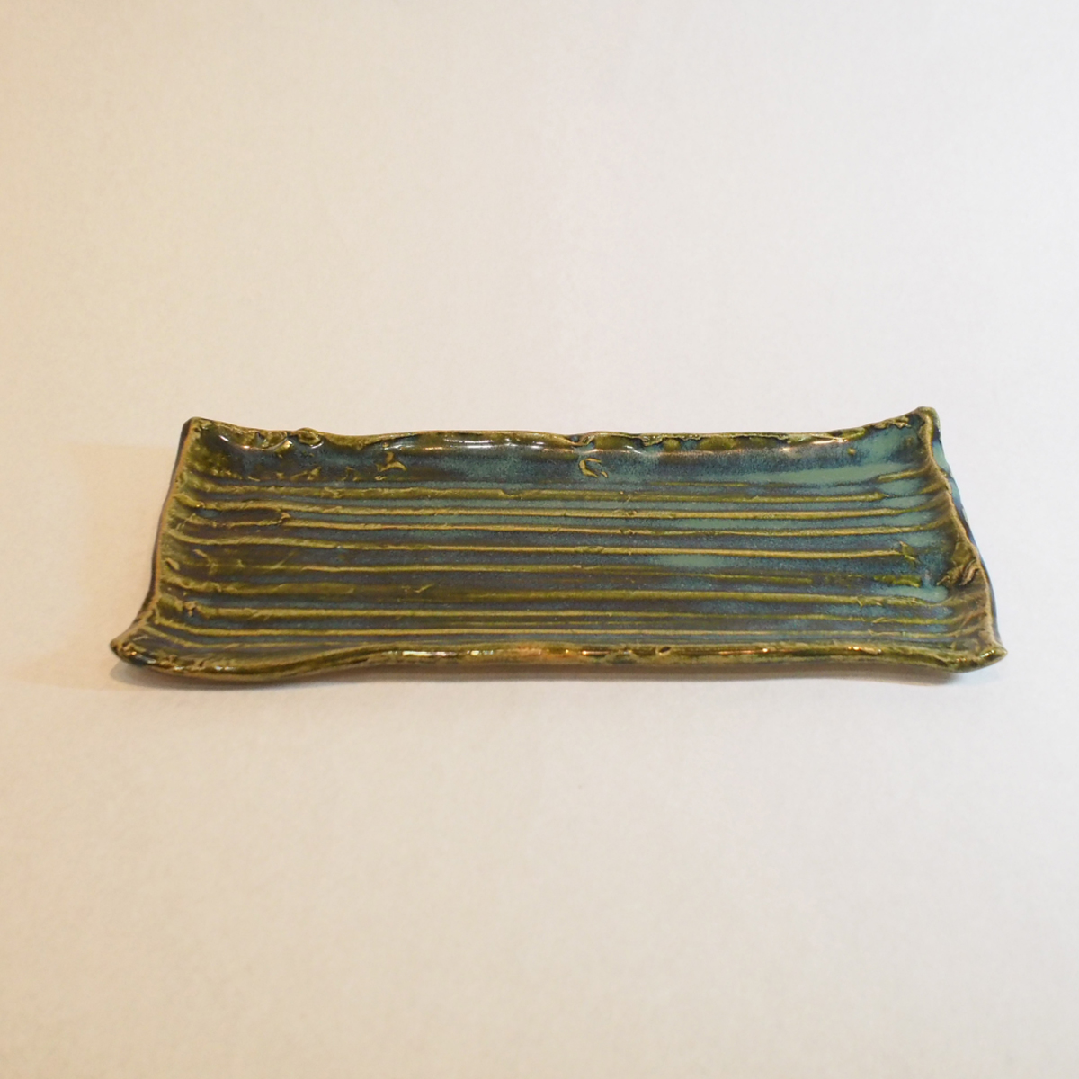織部の板皿の画像