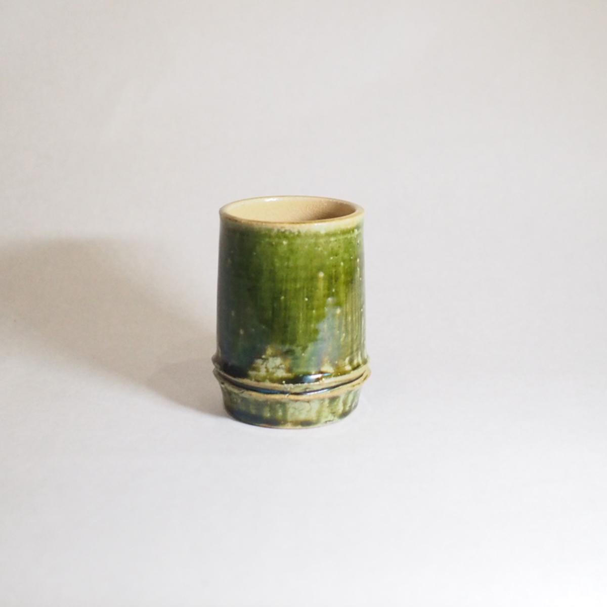 陶器のフリーカップの画像